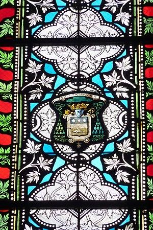 Deutsch: Bleiglasfenster in der Basilika Saint...
