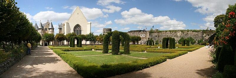 Angers - Château - Jardins intérieurs - 20080921