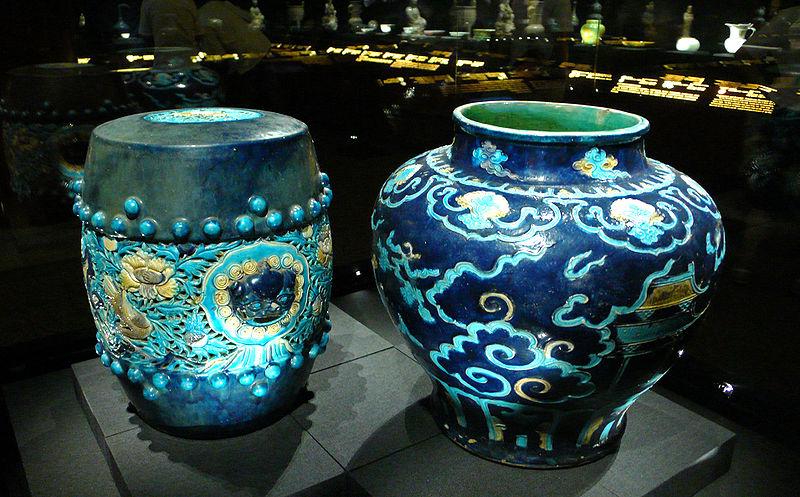 File:China qing two blue ceramics.JPG