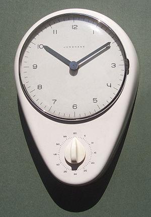 English: Kitchen clock designed by Max Bill fo...