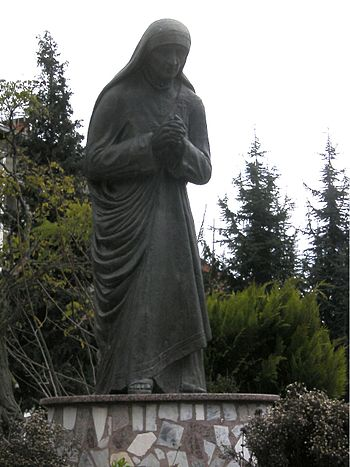 Mother Theresa statue, Struga