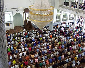 Universiti Teknologi Malaysia, Friday Praying
