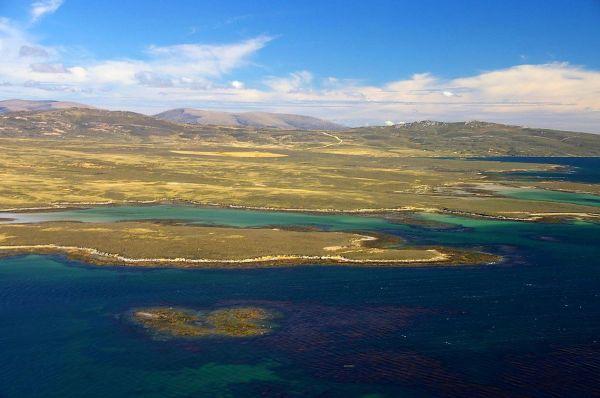 West Falkland - Wikipedia