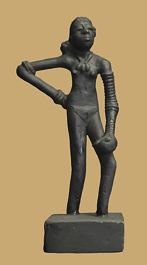 English: Replica of 'Dancing Girl' of Mohenjo-...