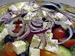 Greek salad Français : Salade grecque