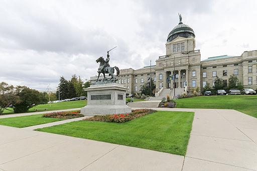 MK01795 Montana State Capitol