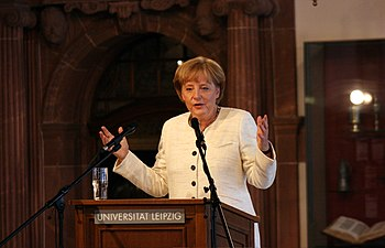 English: Angela Merkel got honorary doctorate ...