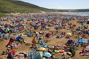 English: Woolacombe beach A little crowded by ...