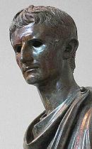 Octaviano, más conocido como Augusto, aprendió de la ca�da de Julio César y evitó sus errores.