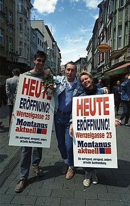 https://i1.wp.com/upload.wikimedia.org/wikipedia/commons/thumb/5/57/Bundesarchiv_B_145_Bild-F079081-0018%2C_Bonn%2C_Fu%C3%9Fg%C3%A4ngerzone%2C_Sternstra%C3%9Fe.jpg/256px-Bundesarchiv_B_145_Bild-F079081-0018%2C_Bonn%2C_Fu%C3%9Fg%C3%A4ngerzone%2C_Sternstra%C3%9Fe.jpg