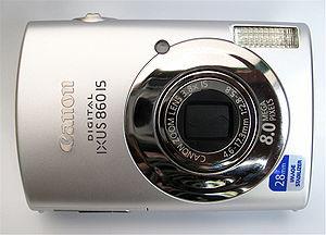 A Canon compact digital camera : Français : Un...