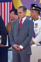 Mahathir at National Day celebrations in August 2007