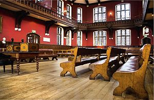 English: Debate Chamber of the Oxford Union So...