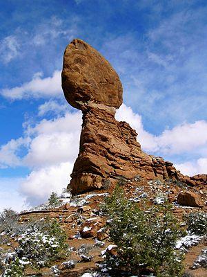 English: Photo of Balance Rock