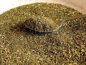 Stevia leaf powder, with teaspoon