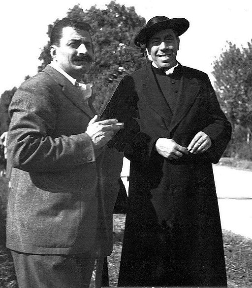 Giovannino Guareschi e Fernandel sul set a Brescello