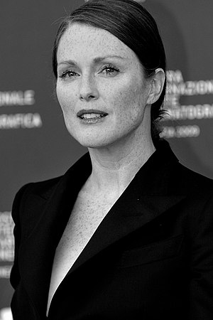 English: Actress Julianne Moore - 66th Venice ...