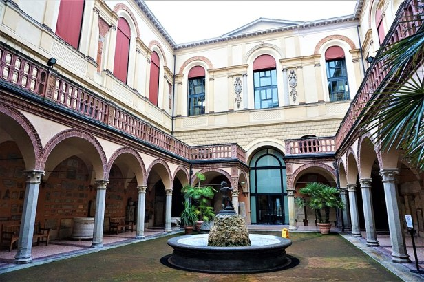 The Archaeological Civic Museum of Bologna - Joy of Museums - 2