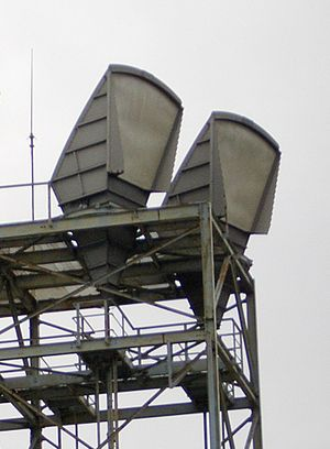 Antennas on the roof of a microwave relay stat...
