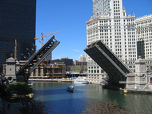 The Michigan Avenue Bridge over the Chicago Ri...