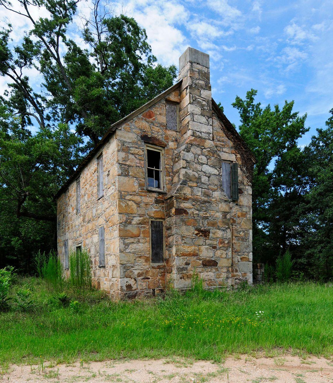 Farmhouse Colonial House