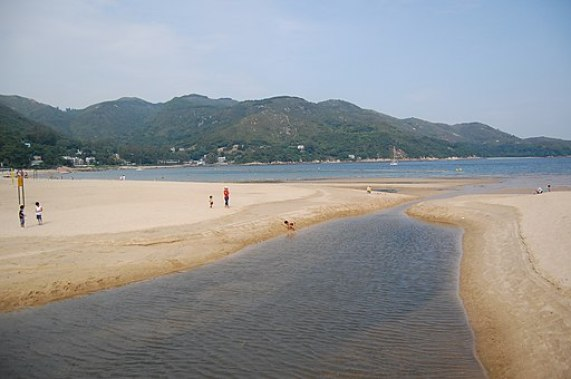 Silvermine Bay Beach at Mui Wo, Lantau Island (1351052506)