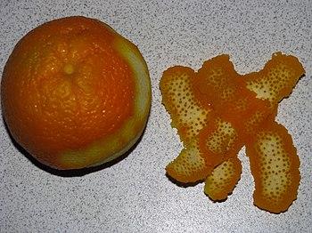 English: Fresh orange peel Русский: Свежеочище...