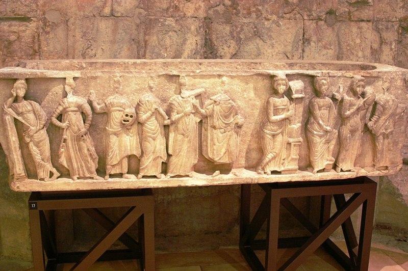 Sarcophagus - Museu do convento do Carmo - Lisbon