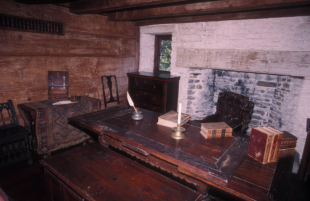 FileHENRY WHITFIELD HOUSE INTERIOR GUILDFORD CTjpg