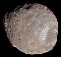 Fobos e Deimos ripresi dal Mars Reconnaissance Orbiter della NASA rispettivamente nel 2008 e nel 2009.