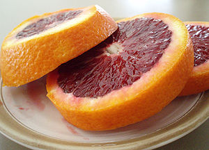 English: Slices of Blood Oranges Deutsch: Sche...