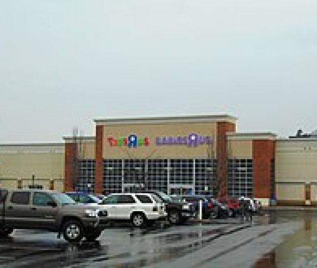 A Toys R Us Babies R Us Combined Location In Waterbury Connecticut February 2018