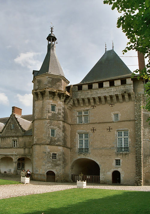 Castle of Talcy 02