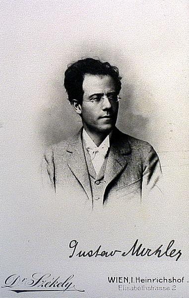 File:Mahler Foto 22.jpg
