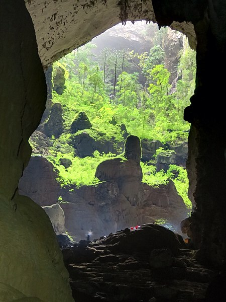 File:Son Doong Cave 1.jpg