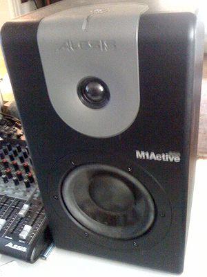 Alesis M1 Active 620 Studio Monitor