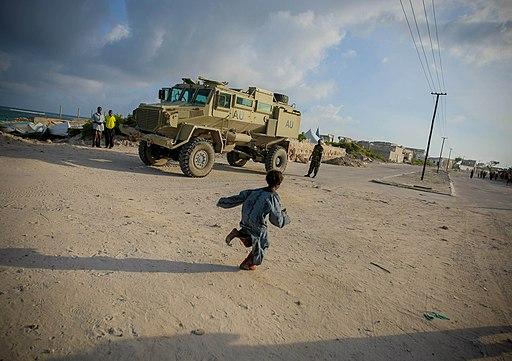 Mogadishu Daily Life one year after Al Shabaab 16 (7731070762)