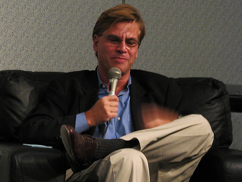 https://i1.wp.com/upload.wikimedia.org/wikipedia/commons/thumb/6/62/Aaron_Sorkin.jpg/800px-Aaron_Sorkin.jpg