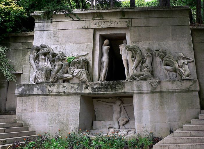 Dosya:Pere-Lachaise Aux Mortes.jpg