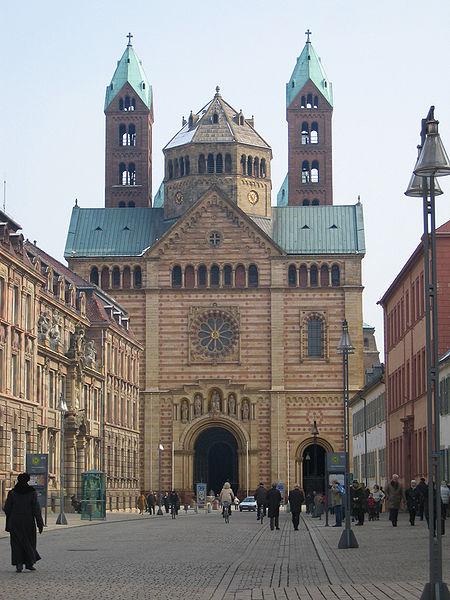 fasada (westwerk) katedry w Spirze