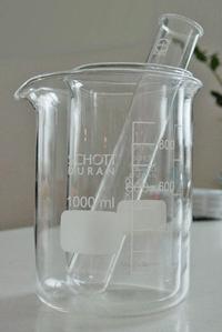 Material de laboratorio fabricado con vidrio borosilicatado Schott.