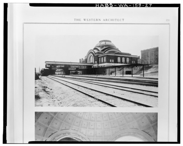 File:HISTORIC VIEW OF CONCOURSE AND STATION LOOKING ...