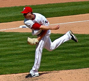 English: Scott Feldman pitching on April 9, 2009