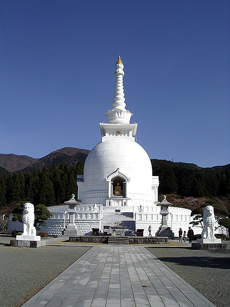 File:Stupa in Gotemba.jpg