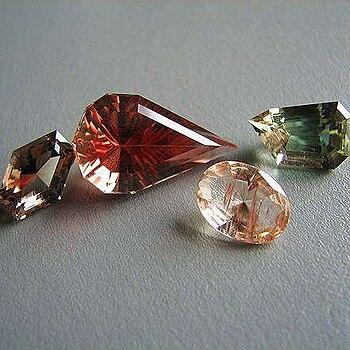 various gem colors of Oregon sunstone labradorite