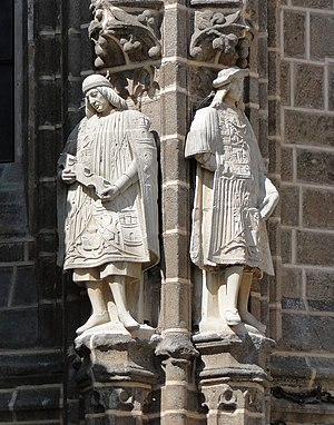 English: Statues on the Monastery of San Juan ...
