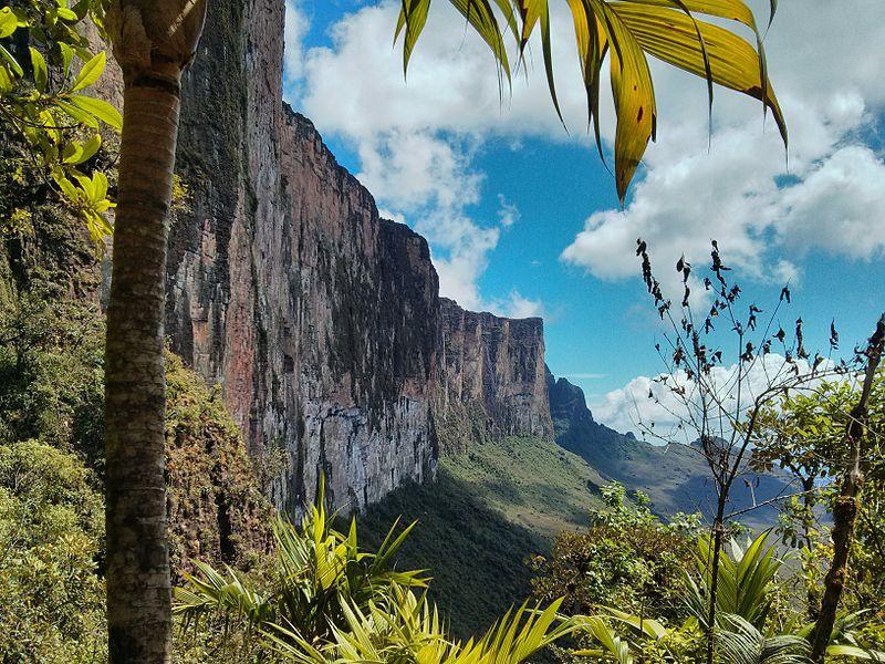 Τοποθετήστε rorama στη Βενεζουέλα Απρόσιτο και μυστηριώδες Tepui! Μέσα και καταρράκτες
