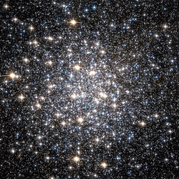 Messier 10 - Wikipedia