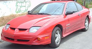 2000-2002 Pontiac Sunfire coupe photographed i...