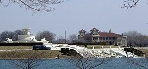 English: The James Scott Memorial Foundain and...